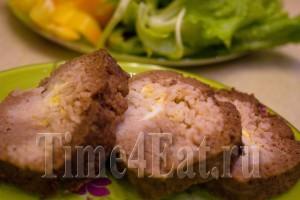 Мясной рулет с рисом и яйцом