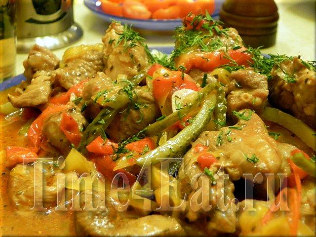 Филе индейки тушеное с болгарским перцем