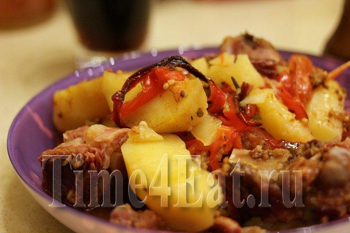 Картофель со свиными рёбрами