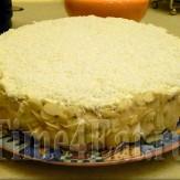 Миндальный торт с кокосовым кремом