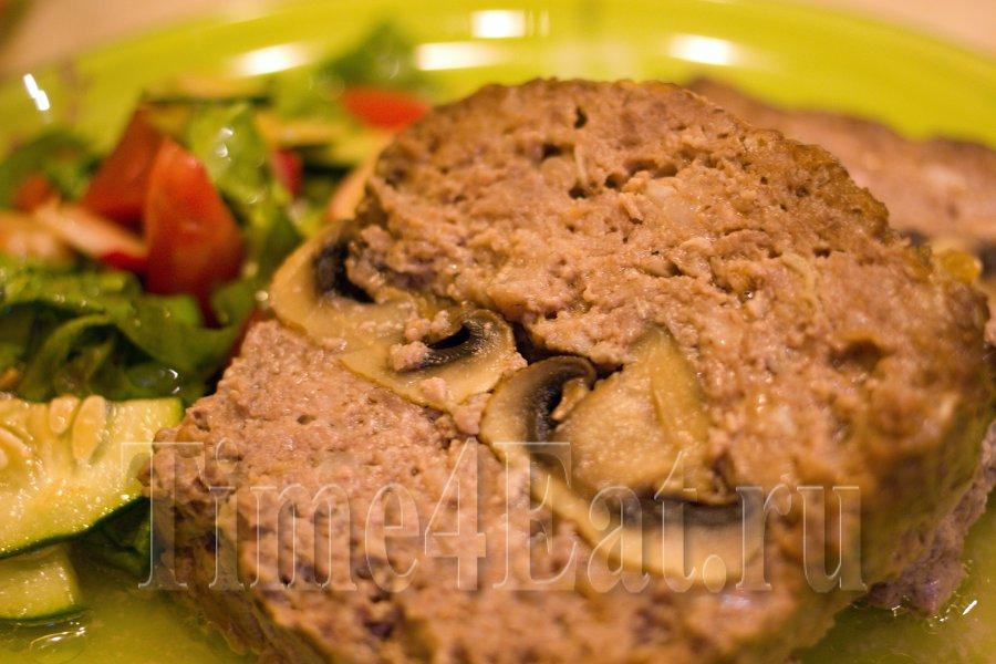 Мясной батон с грибами