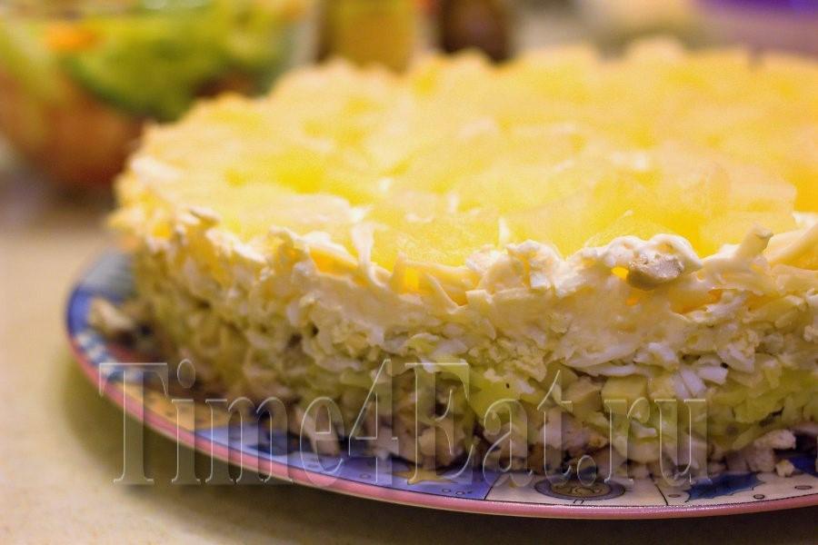 Салат с курицей и ананасом слоеный рецепт с