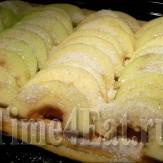 Яблочный пирог из скороспелого слоеного теста