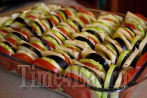 Запеканка из кабачков с баклажанами и томатами-2